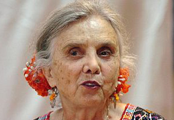 Elena Poniatowska recibirá doctorado honoris causa de una universidad en Madrid