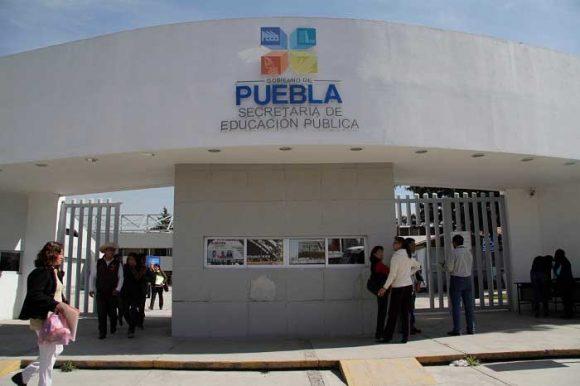 SEP Puebla: reubican a 10 docentes amenazados en la zona del Triángulo Rojo