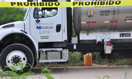 Urge rediseñar estrategia vs. huachicol; ahora asaltan a las pipas que transportan combustible