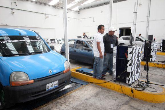 Clausura Profepa 5 centros de verificación vehicular en Puebla por incumplir la norma
