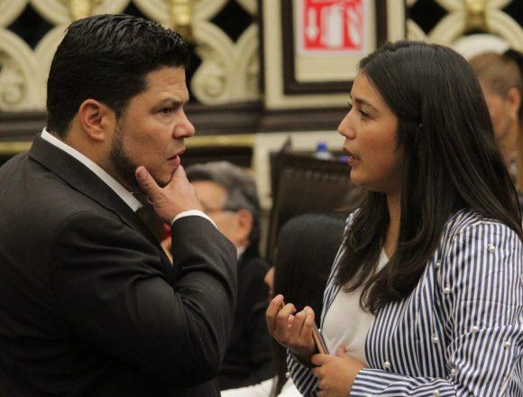 Morena se queda con el control de las siete comisiones más importantes del Congreso