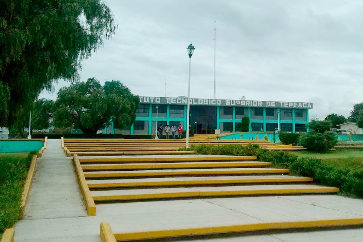 Operadores del PAN cobran sin laborar en el Instituto Tecnológico Superior de Tepeaca