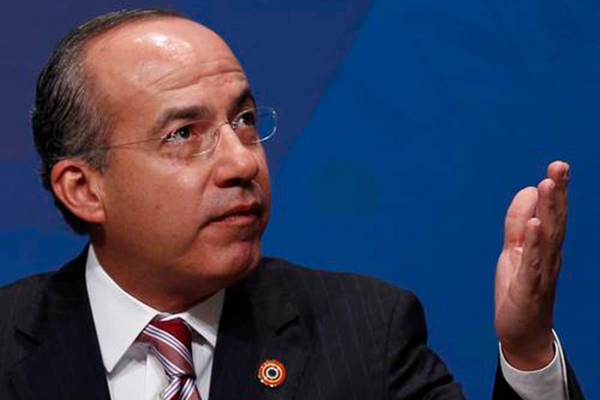 Barbosa: se condicionó a Iberdrola sacar a Felipe Calderón de su nómina para que se pueda instalar en Puebla