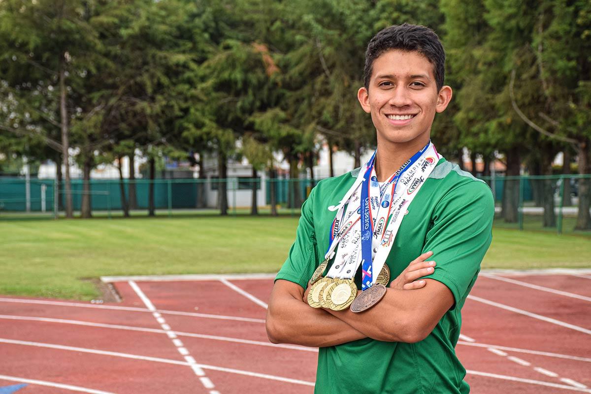 Gerardo Lomelí, talento de la Escuela de Atletismo de la UDLAP, destacó en 2019
