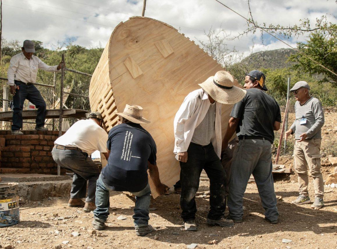 Cuenta Los Reyes Metzontla con un horno de leña libre de humo que ayudará en su producción artesanal