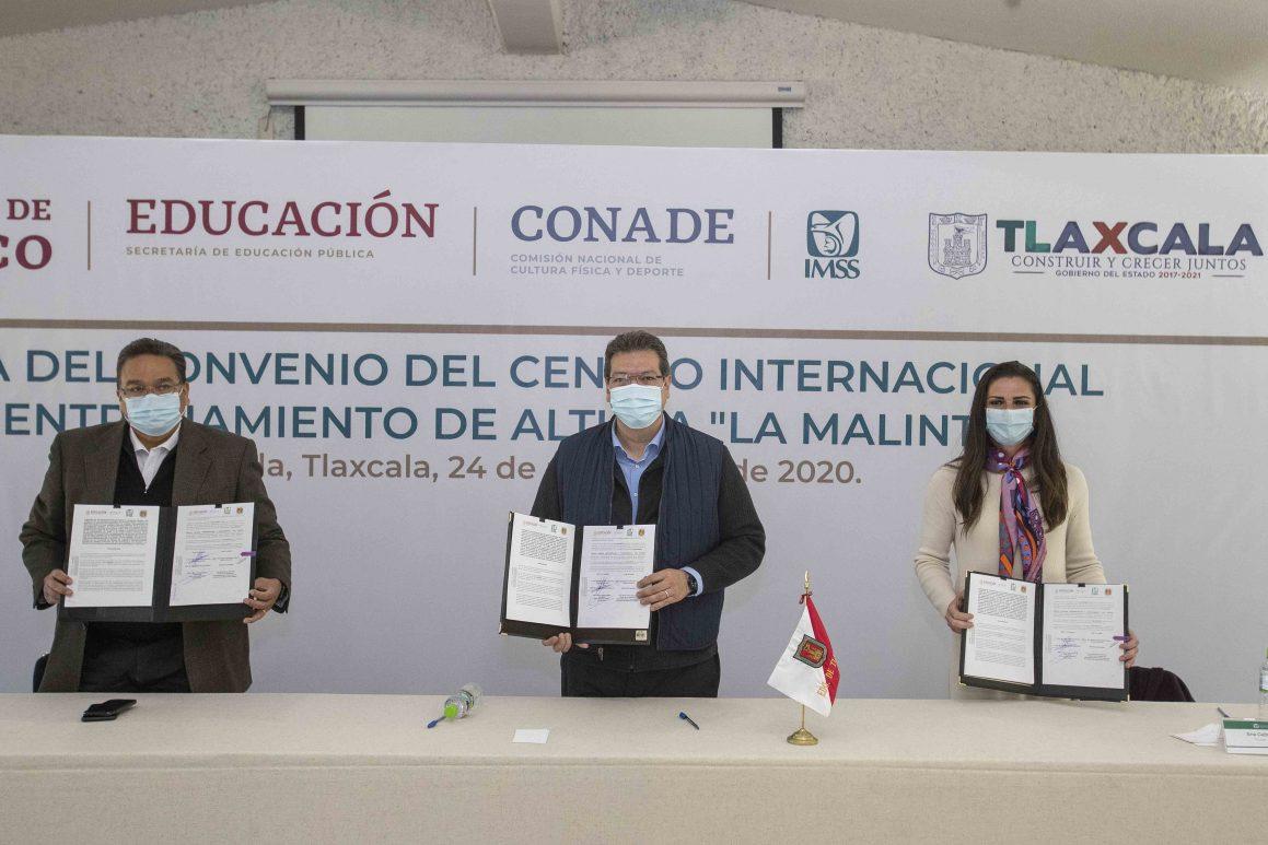 """Marco Mena, IMSS y Conade acuerdan creación del Centro Internacional de Entrenamiento de Altura """"La Malintzi"""""""